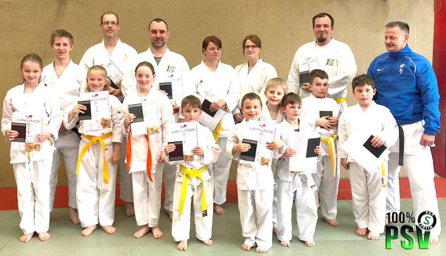 Karate Gurtprüfung April PSV